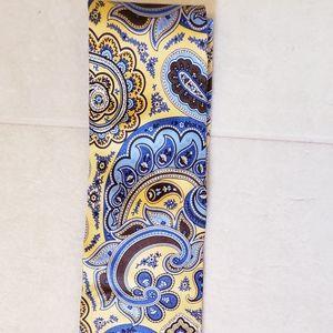 Chaps 100% silk paisley tie 👍